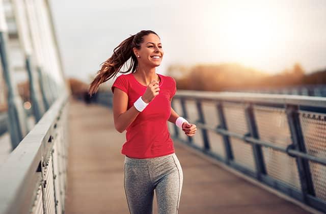 Vrouw met runner's high